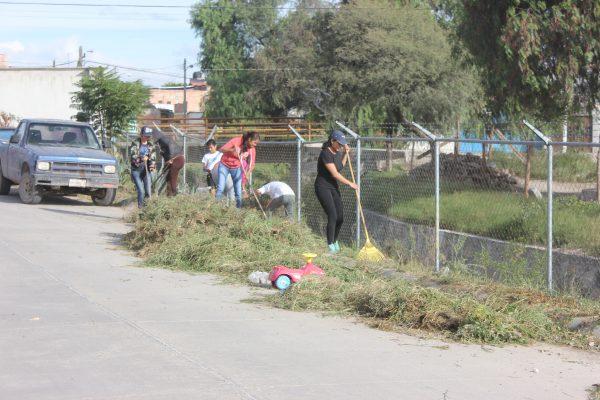 Comité de Salud realiza limpieza en colonias del municipio