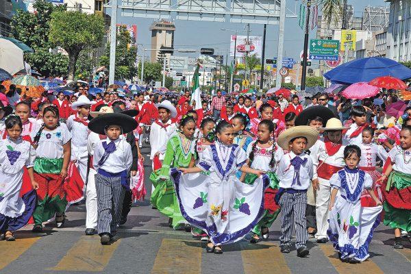 Presenciarán el desfile másde 22 mil personas
