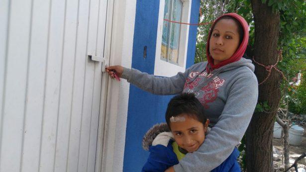 Alcalde entrega 11 cuartos dormitorios en Pozo Blanco