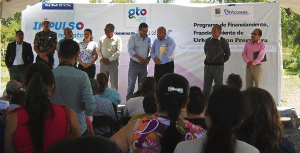 Presentan programa Fondo para el Financiamiento a la Urbanización Progresiva en San Luis de la Paz