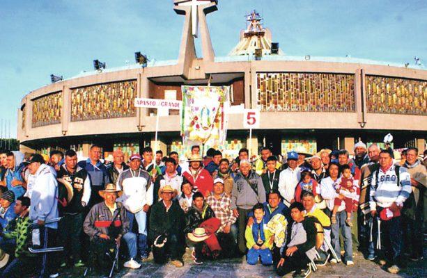 Llegan peregrinos ante la Guadalupana