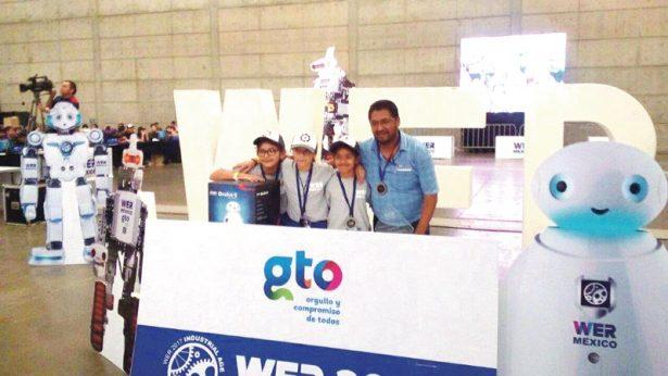 Va Celaya al Torneo Mundial de Robótica
