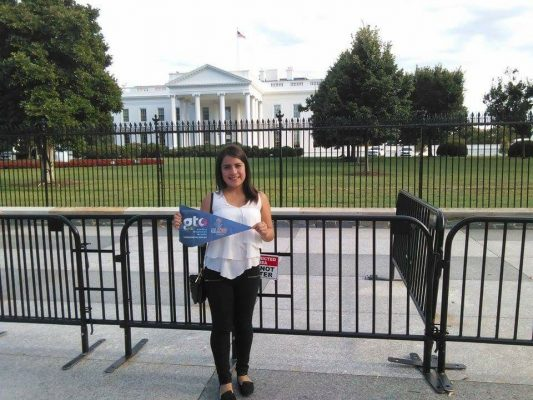 Aplica experiencias aprendidas en Washington