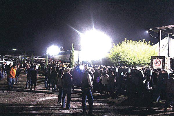 Asesinan a sujeto afuera de las instalaciones de la feria de SMA