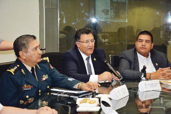 Fortalecen militares la seguridad de municipios