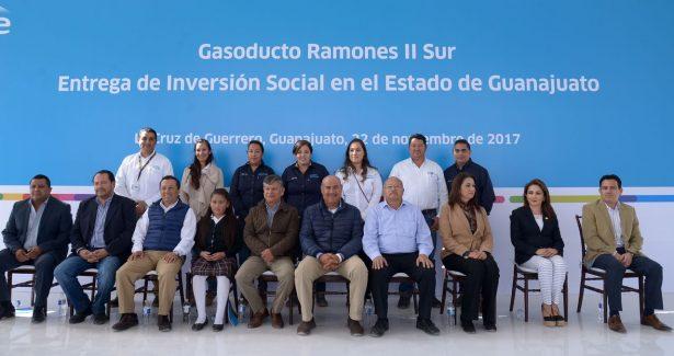 Engine México entrega inversión social en Guanajuato (8)