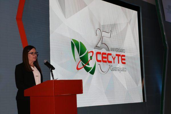 La Directora General del CECyTE Guanajuato, rindió su Informe Anual de Actividades, periodo 2016-2017