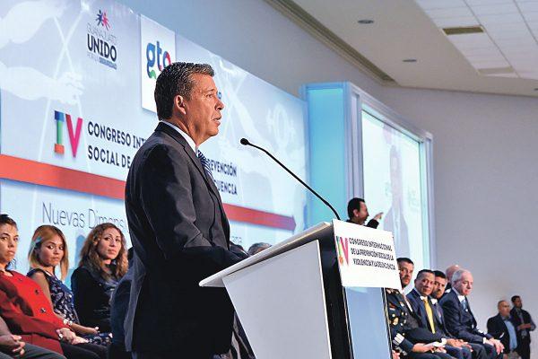 Denuncia campaña de desprestigio Márquez