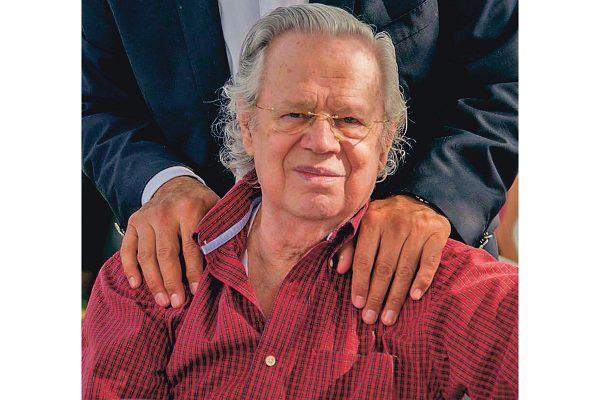 Falleció el licenciado Arturo Nieto Lambarri