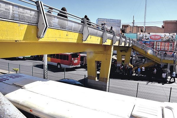 Construirán nuevo puente peatonal en bulevar-centro