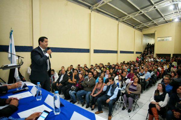 Se reúnen 600 panistas de 3 municipios con Diego Sinhué Rodríguez en Salvatierra