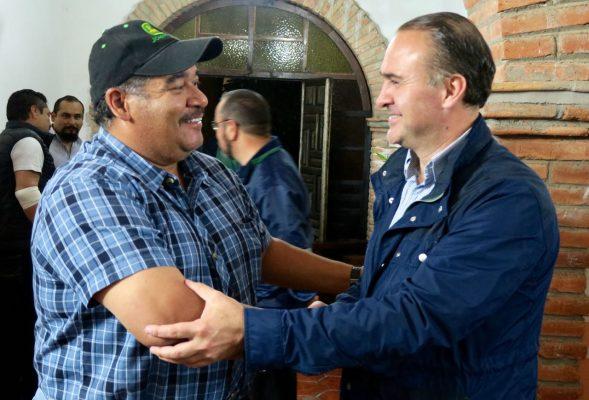 Convoca Villarreal a migrantes a invertir ahorros en México