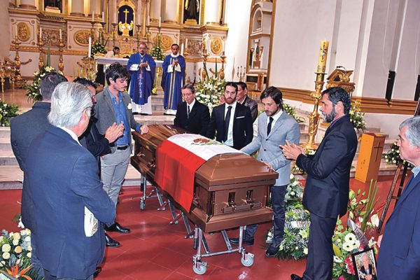 Dieron  el último adiós a Don Antonio Chaurand Yépez
