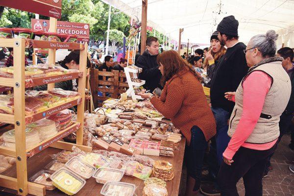 Reforzarán estrategia de promoción de  gastronomía y rutas turísticas