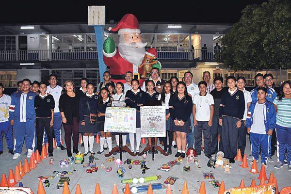 Inicia colecta de juguetes en Secundaria Oficial para la Caravana de Reyes