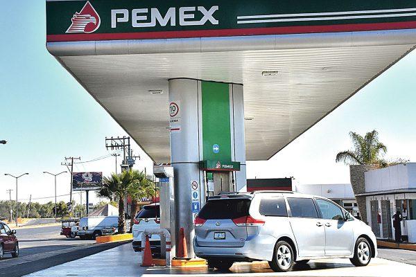 Aumenta la gasolina 4 centavos diarios