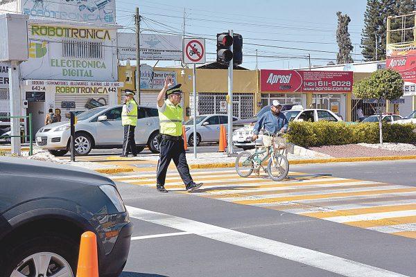 Abrieron paso peatonal en la Av. Tecnológico