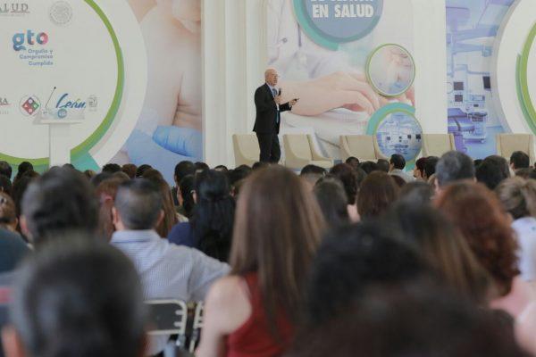 Invita diputado Éctor Jaime Ramírez Barba a profesionales de la salud a participar en la generación de políticas públicas