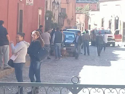 Evacúan restaurante por fuga de gas en SMA