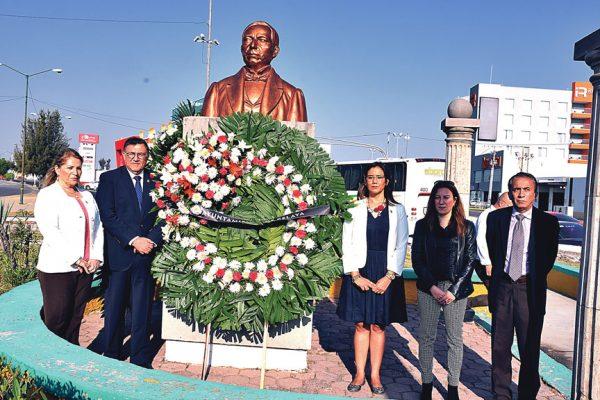 Celebraron  natalicio de  Benito Juárez