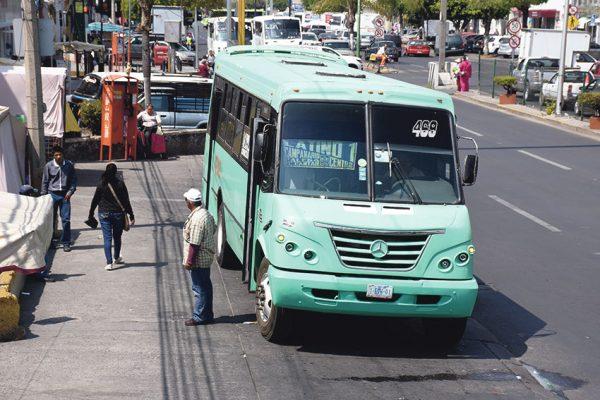 Instalan Wi-Fi en paradas de transporte urbano