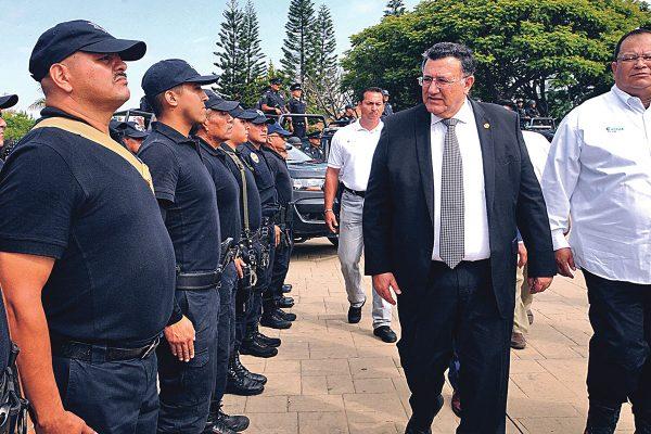 Habrá más capacitación a policías: Ramón Lemus