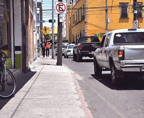 Factible, en Allende, ampliar la banqueta