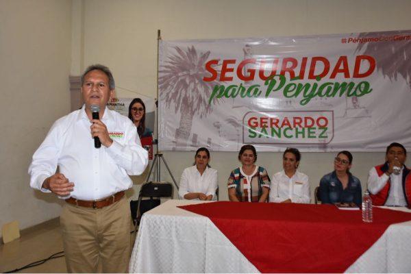 Se reúne candidato del PRI al gobierno del Estado con mujeres y jóvenes de Pueblo Nuevo y Pénjamo.