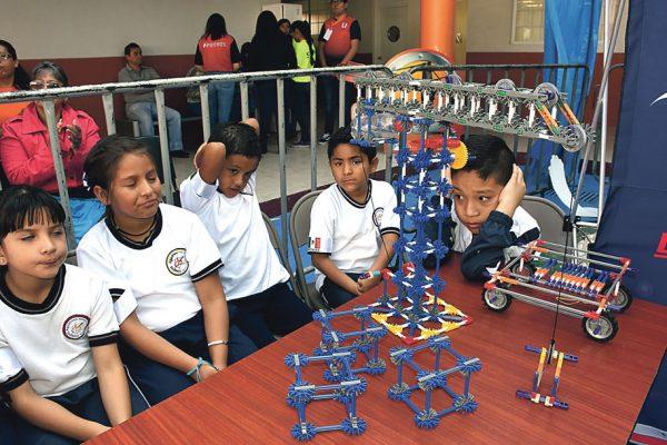 Participaron más de 300 en torneo  de robótica