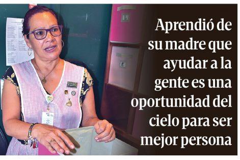Cecilia Flores, 15 años de servicio voluntario