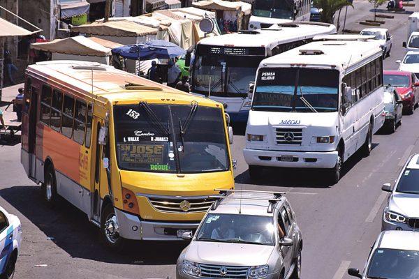 Reestructurarán las rutas de transporte