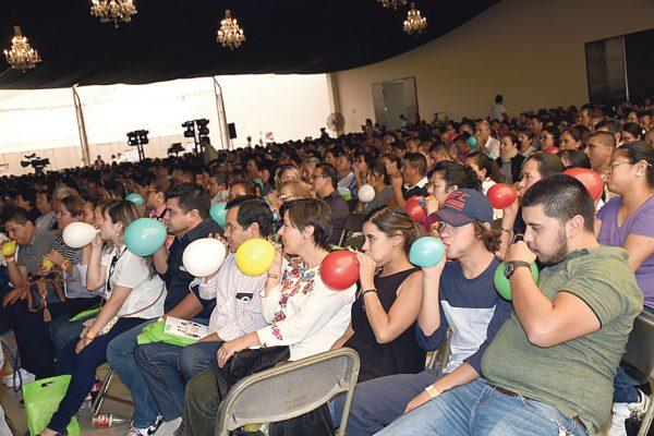 Participaron 300 en Congreso de Familias
