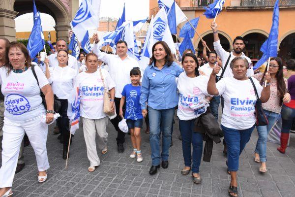 Pide Elvira a celayenses salir a votar por los candidatos del PAN
