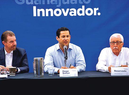 Va Juan Hernández a Movilidad y Migración