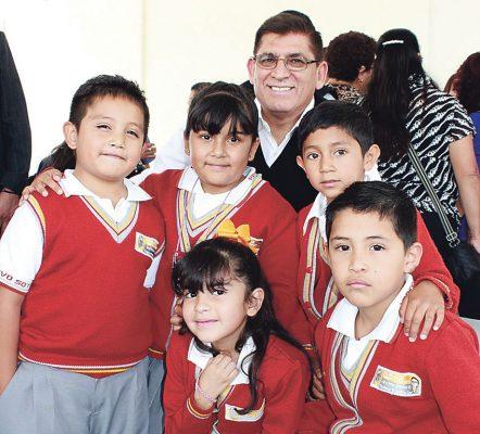 Inician clases el lunes 1.2 millón de alumnos