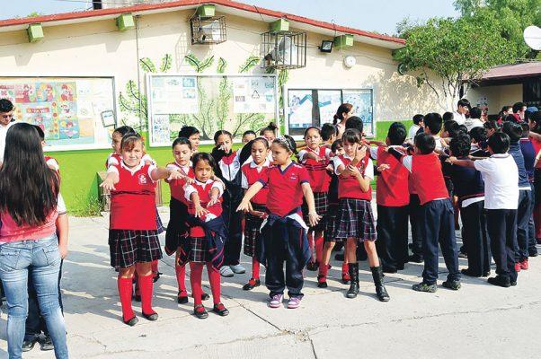 Inician clases el lunes 218 mil estudiantes en la región
