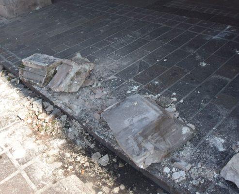 Se desgaja balcón de Portal Guadalupe