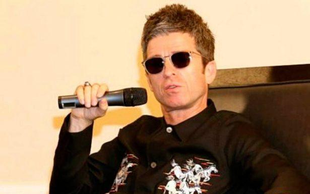 ¡Valió la pena la espera! Fans se llevan recuerdo de Noel Gallagher