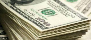 Dólar promedia en 17.47 pesos a la venta en Aeropuerto Internacional de la CDMX