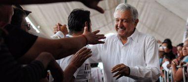 """Ganaremos elecciones y bailaremos """"despajito"""", confía López Obrador"""