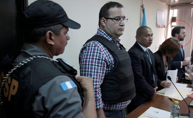 Firma que defendió a Elba Esther ahora lo hace con Duarte