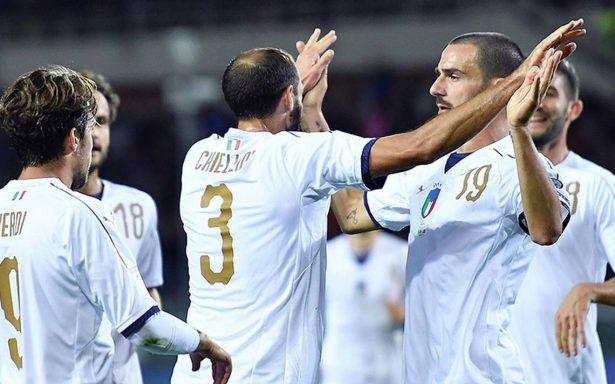 Italia, ni la repesca tienen segura, tras empate