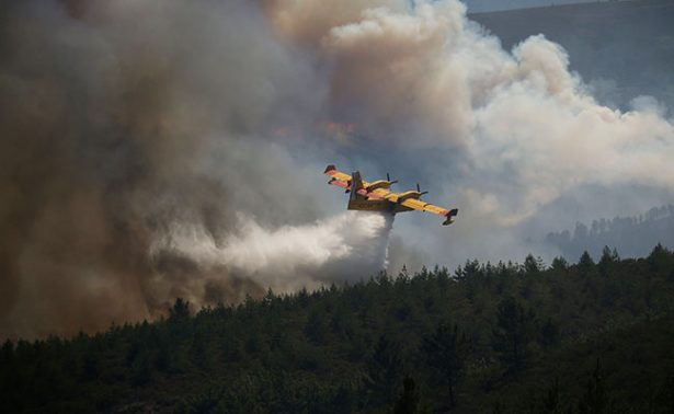 Se estrella avión cuando combatía incendio en Portugal