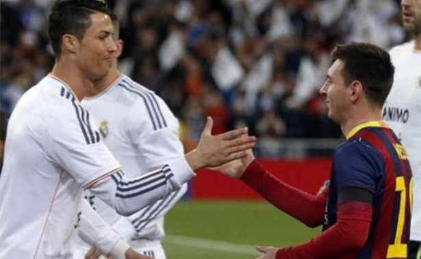 Messi y Cristiano Ronaldo se besan en una obra de arte
