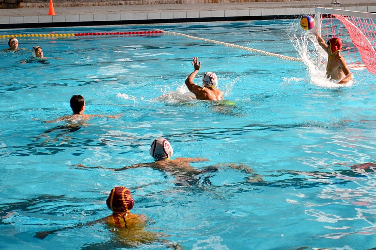 EN LA Alberca Olímpica se realiza el trial-meet de polo acuático. FOTO EL SOL DEL CENTRO