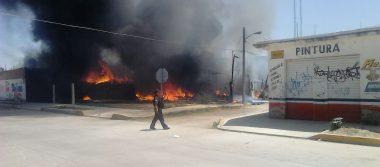 Voraz incendio en la colonia La Soledad