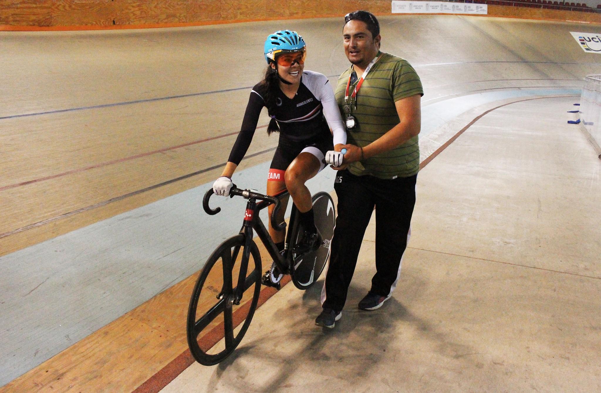 MAYRA ROCHA sigue demostrando que es una de las mejores exponentes del ciclismo nacional.