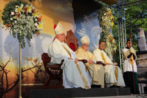 Misa concelebrada por el jueves de Corpus Christi