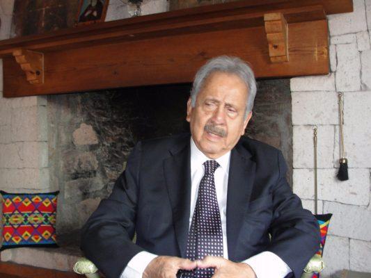 Vivimos en México una deformación de la política y en la perversión de la democracia