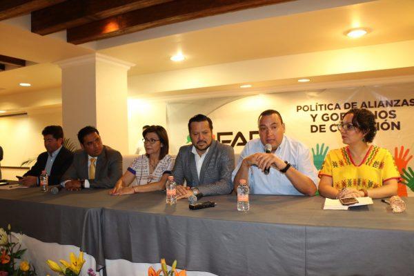 Conforman PAN-PRD-PES Frente Amplio Opositor